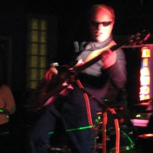 Bass Deville