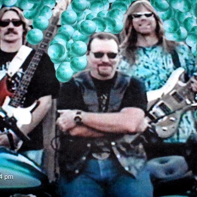 Pat Sharkey---=Drummer