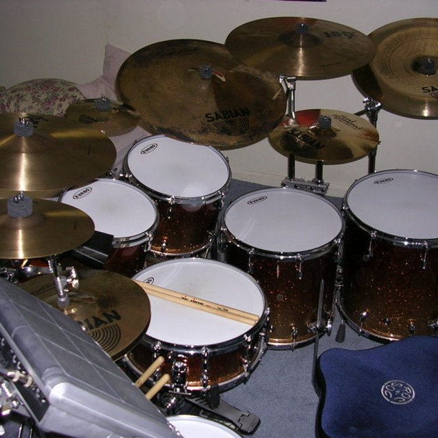 give the drummer som
